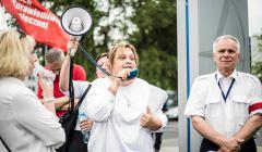 Demonstracja pracownikow Polskich Linii Lotnicznych LOT w Warszawie