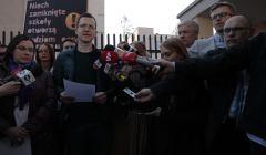Rozmowy w Warszawie przedstawicieli rzadu z przedstawicielami nauczycuelskich zwiazkow zawodowych