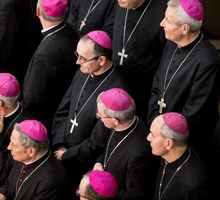 Komisja Episkopatu manipuluje. Religia może być na pierwszych lub ostatnich lekcjach