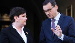 Obchody 8. rocznicy pogrzebu pary prezydenckiej Lecha i Marii Kaczynskich w Krakowie