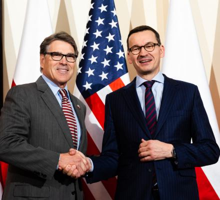 Kult Stanów Zjednoczonych jest fatalny dla polskiej demokracji. Lepsze wzorce są gdzie indziej
