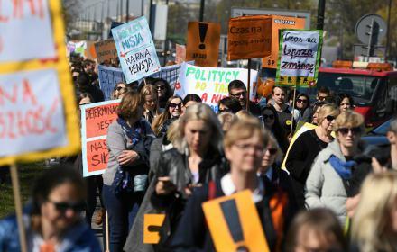 Marsz strajkujących nauczycieli