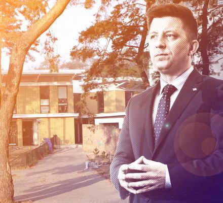 Dworczyk wychwalał niestrajkujące szkoły swoich dzieci. To prywatne placówki pod opieką Opus Dei