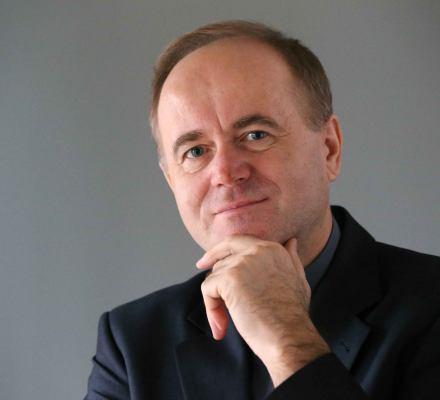 Ks. prof. Kobyliński: Żadnych dymisji biskupów nie będzie. Sam film Sekielskich to o wiele za mało