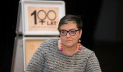 Debata Zmiana kliatu o kobietach z udzialem elzbieta  podlesna , Marta Puczynska , Monika opiola Cegielka , prowadza Agata Polcyn , Joanna Tarasinska .