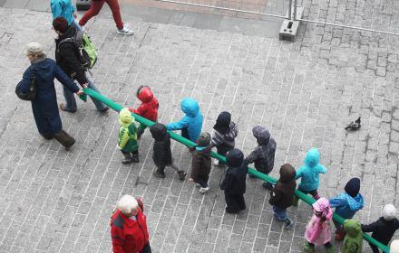 Dzieci zostają na lodzie, bo nie ma komu uczyć. Reforma PiS wpędziła przedszkola w kryzys