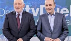 Frans Timmemanns i Manfred Weber podczas debaty telewizyjnej