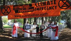 Climate Angels at Extinction Rebellion Declaration Day Melbourne, 22 marca 2019 fot. Takver (cc) flickr.com