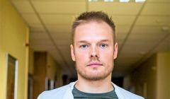 Zdjęcie - Bartosz Fiałek, lekarz reumatolog mówi o ofiarach koronawirusa