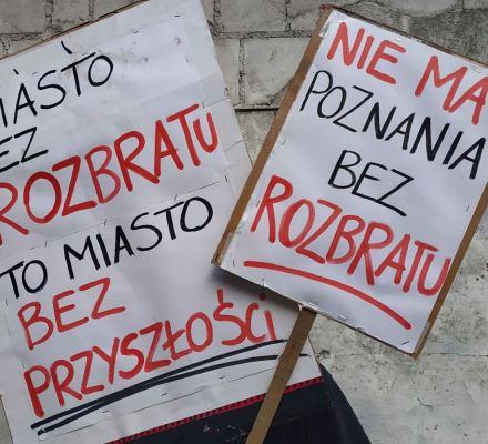Poznański Rozbrat pod ogniem TVP i deweloperów. Zamiast centrum społecznego osiedle dla bogatych?
