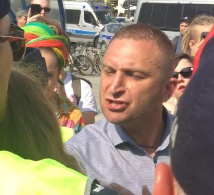 Parada Równości. Ataki nacjonalistów i katolickiej ekstremy, ale policja zatrzymuje uczestników Parady