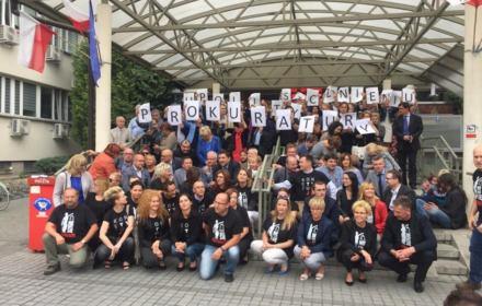 Pikiety #MuremzaKrasoniem, sprzeciwiające się karnym delegacjom odbyły się w lipcu kilkunastu miastach w Polsce, źródło: stowarzyszenie prokuratorów Lex Super Omnia