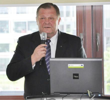 Zarząd NFOŚ zapłacił za laudację dla szefa własnej rady nadzorczej.