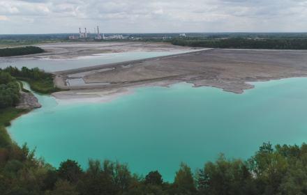 """""""Wody węglem nie zastąpisz"""". Protesty przeciw kopalniom odkrywkowym, które dewastują Wielkopolskę"""