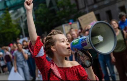 W Niemczech młodzi zmieniają klimat, na lepsze. Ruch strajków piątkowych coraz silniejszy