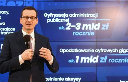 Morawiecki przeczy sam sobie. Zawiła historia podatku cyfrowego, który zniknął gdy USA tupnęło nogą