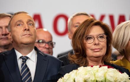 """Kidawa-Błońska na premiera. Schetyna: """"Nie wiem, jak mogliśmy na to wcześniej nie wpaść!"""". My też nie wiemy"""
