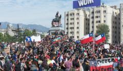 1280px-Protestas_en_Chile_20191022_11