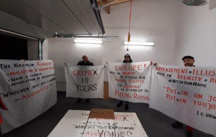 Aktywiści przerwali wystąpienie rosyjskiej delegacji w Radzie Europy.