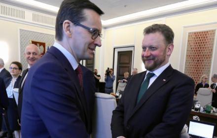 Premier Mateusz Morawiecki i Minister Zdrowia Łukasz Szumowski. Wbrew ich stanowisku testy dla lekarzy mają sens i uzasadnienie