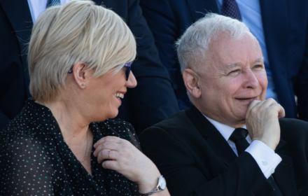 """Kaczyński zasłania się... Konstytucją: """"Nie ma możliwości odłożenia wyborów"""". Jest odwrotnie"""