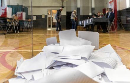 Wybory prezydenckie - czy opozycja powinna się wycofać?