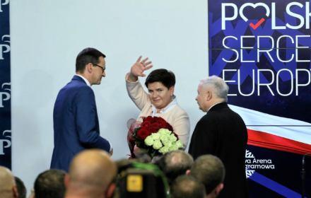 Prof. Kuźniar: Polityka zagraniczna jest w ruinie. To zdrada interesów Polski