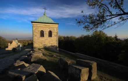 Łaskawy minister Woś: chce oddać zakonnikom fragment Świętokrzyskiego Parku Narodowego
