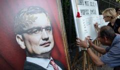 Protest '' Ziobro Musi Odejsc '' pod Kancelaria Prezesa Rady Ministrow w Warszawie