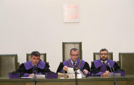 """Sąd Najwyższy mocno: """"KRS nie jest niezależna, a Izba Dyscyplinarna SN nie jest sądem"""""""