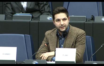"""Veld: """"Polski rząd dusi demokrację"""". Jaki: """"Udajecie, że lepiej znacie Polskę?!"""". Debata w PE"""