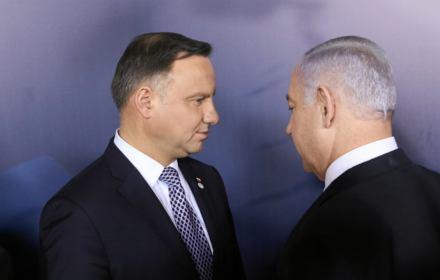 Polityka PiS sprawiła, że jesteśmy łatwym celem: na polskim przykładzie Izrael pokazuje, że antysemityzm istnieje