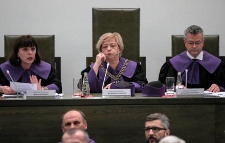 Po historycznej uchwale Sądu Najwyższego odwoływane są sprawy w sądach. Na początek w SN i w Katowicach
