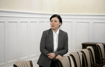 Jourová mówi Turskim: Nie bądźmy obojętni na manipulację i dezinformację. Bo zagrażają demokracji