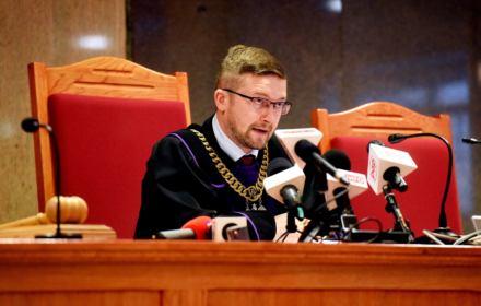 Jaką grzywnę sędzia Juszczyszyn wlepi min. Ziobrze? Szefowa kancelarii Sejmu ma zapłacić 6 tys. zł