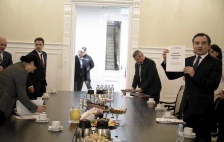 Minister Ziobro okłamał wiceprzewodniczącą KE. OKO.press demaskuje manipulację