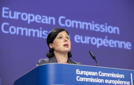 Komisja Europejska wnioskuje do TSUE o zawieszenie Izby Dyscyplinarnej SN