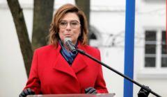 Małgorzata Kidawa-Błońska podczas publicznego wystąpienia