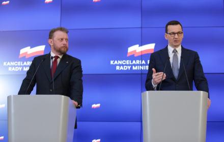 Rząd zamknął Polaków w domach. Odwiedziny u przyjaciół i kochanków zakazane