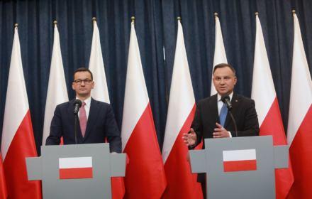 Kurski wyleciał, Duda podpisał miliardy dla TVP. Wszystko po walce na noże na oczach całej Polski
