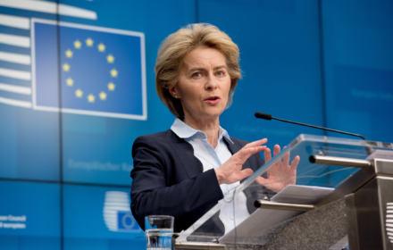 Unia Europejska boi się paraliżu gospodarki. Chce zmobilizować 25 mld euro na walkę z koronawirusem