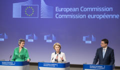 Ursula von der Leyen, President of the European Commission, Margrethe Vestager, Executive Vice-President of the European Commission in charge of Europe fit for the Digital Age, and Valdis Dombrovskis, Executive Vice-President of the European Commission in