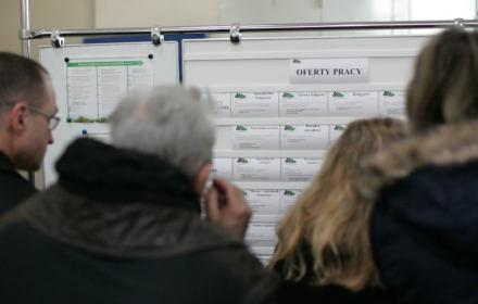 Wraca koszmar wysokiego bezrobocia. A w tarczy rządu PiS dla bezrobotnych nie ma nic