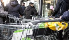 Dochód podstawowy może pomóc złagodzić skutki kryzysu finansowego