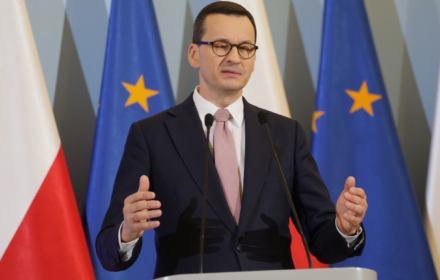 Premier Mateusz Morawiecki - zakaz wychodzenia z domu, ale na wybory pójdziemy