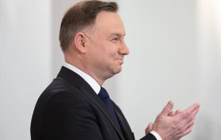 Andrzej Duda bije brawo