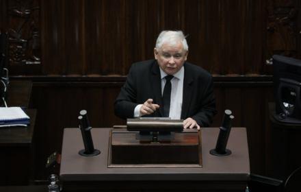 Jarosław Kaczyński przemawia w Sejmie