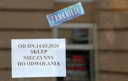 Dr Łaszek: Dziurawa tarcza rządu zatonie w morzu biurokracji. Dwie propozycje