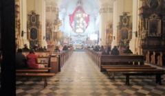 Kosciół w Wołowie, msza wielkanocna