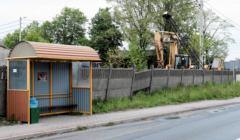 przystanek lokalnego pks w okolicach Gniezna